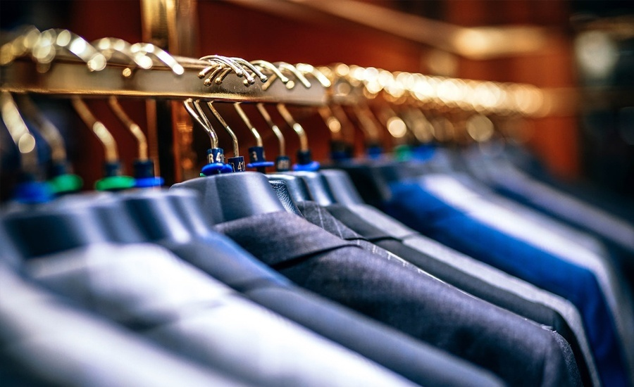 Top 5 uses of DAM for fashion